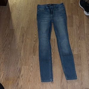 Hollister medium wash jeans